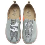 bear hug slip on canvas shoes