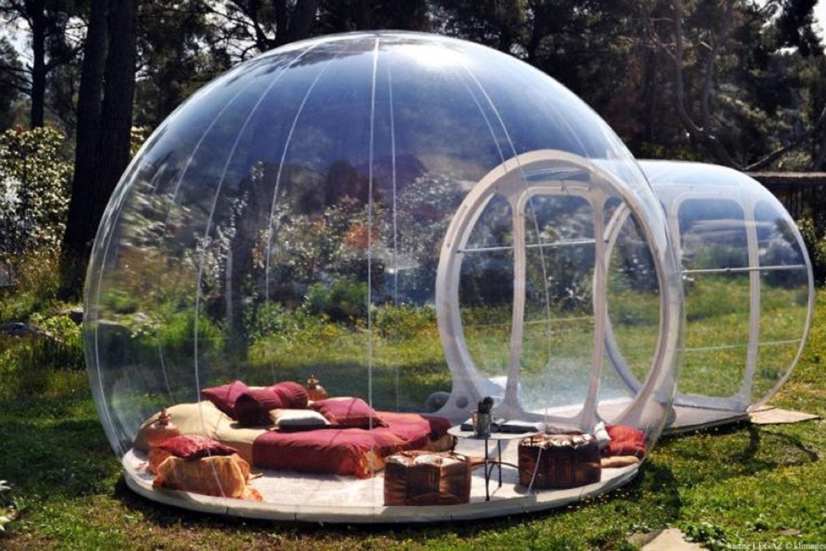 & Bubble Dome Shaped Inflatable Tent | Mugwomp